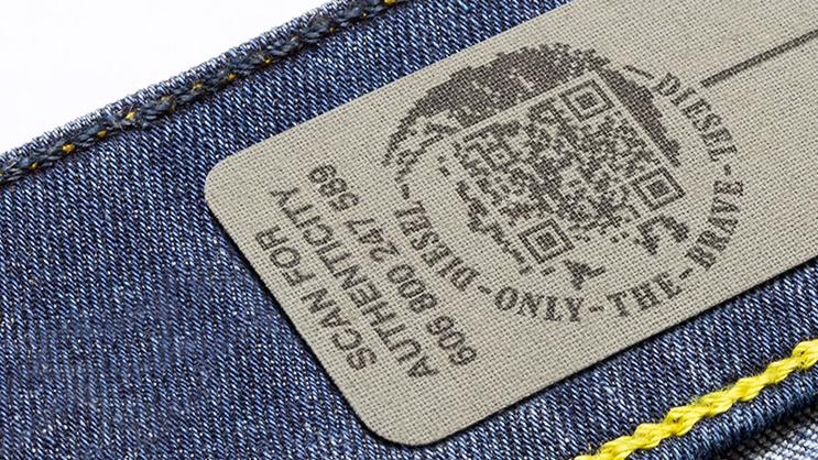 etiqueta da diesel com qrcode para verificação de autenticidade.